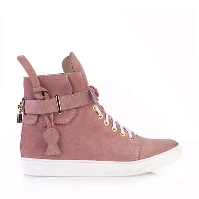 afd2781d43791 Wyprzedaż obuwia damskiego marki Arturo Vicci w promocyjnych cenach ...